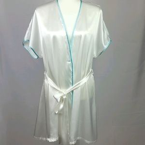 NWT Linea Sonatella bridesmaid Robe size L/X